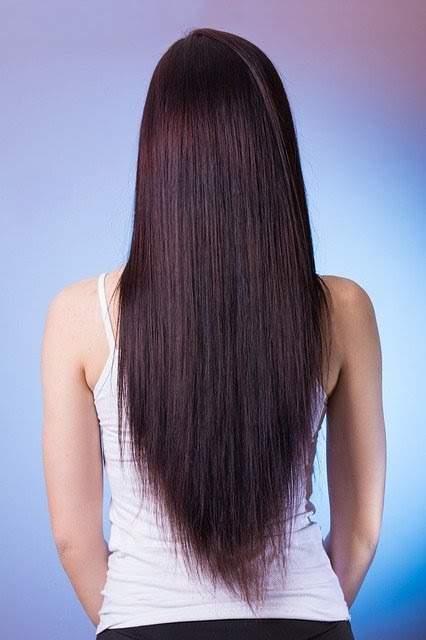 Straight-natural-beautiful-long-hairstyles