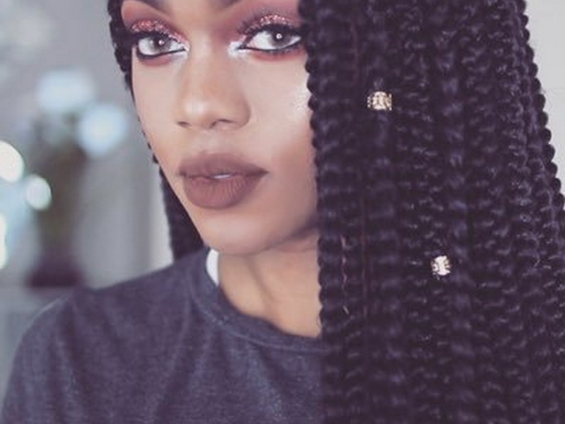 Luchi Loyale - Amazing Guru And Beauty Vloggers To Follow For Hair Care.