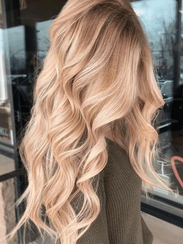 Curls - Best Ways To Wear Hair Extension.