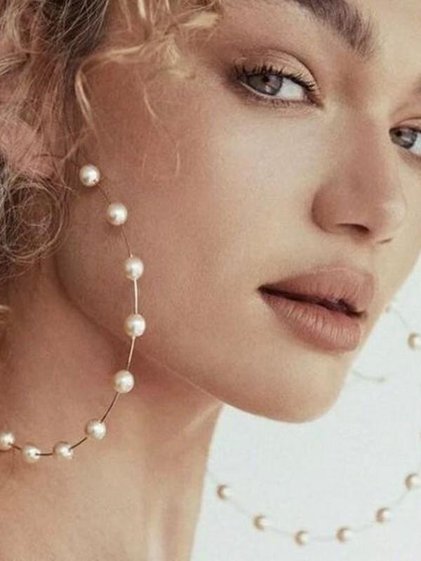 Accessories No 4: Hoop Earrings
