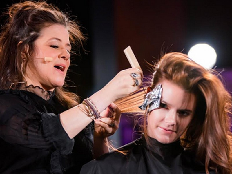 Tracey Cunningham - Globally Famous Hairstylists