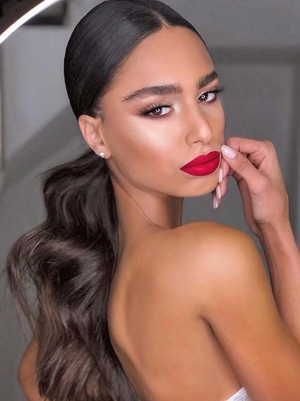 Sleek Ponytail - Chic Hair Extension Styles For Straight Hair.