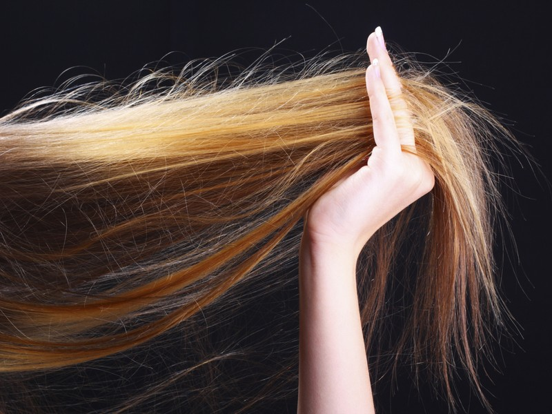 Best Tips To Care For Your Heat Damaged Hair (2021 Edition)