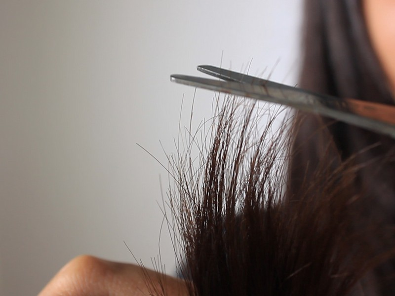 Tip #7 To Care For Your Heat Damaged Hair: Trim Off The Damaged Hair