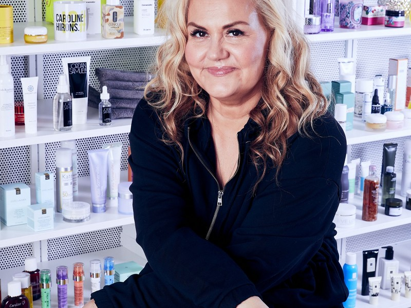 Caroline Hirons - Honest Beauty Bloggers In The Skincare Field
