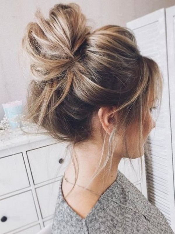 Tips For The Perfect Messy Bun