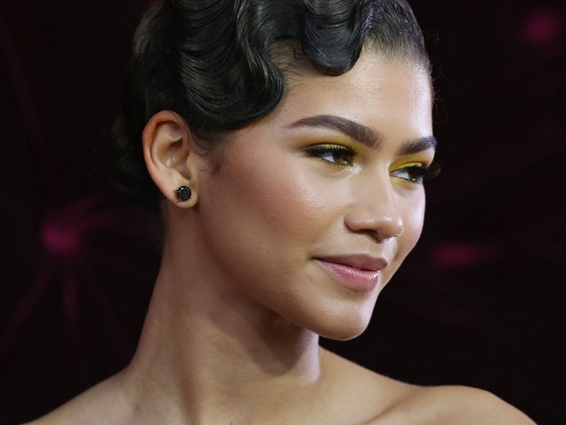 The Finger Waves. - Dynamic Red Carpet Hairstyles
