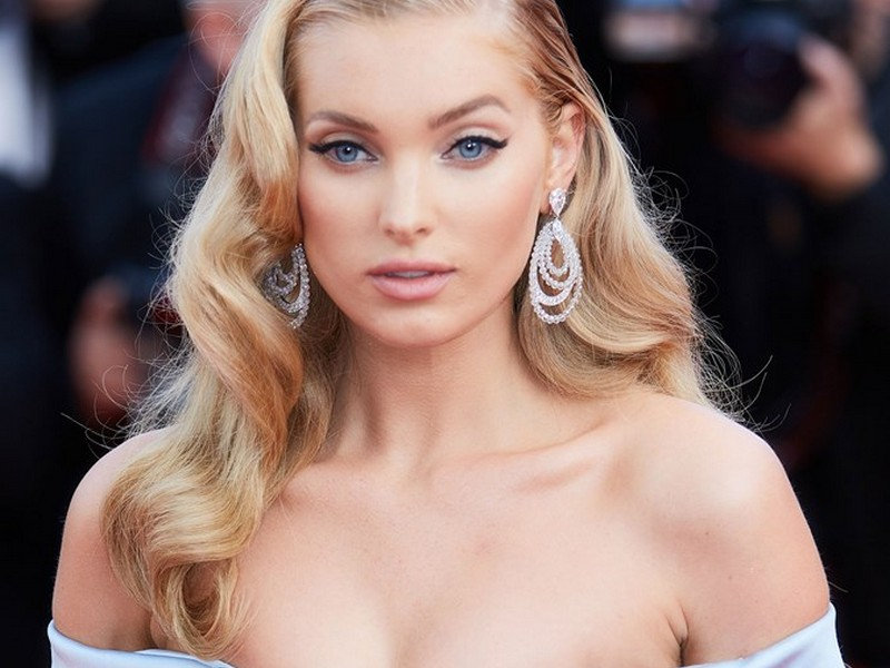 The Vintage Hollywood. - Classy Red Carpet Hairstyles