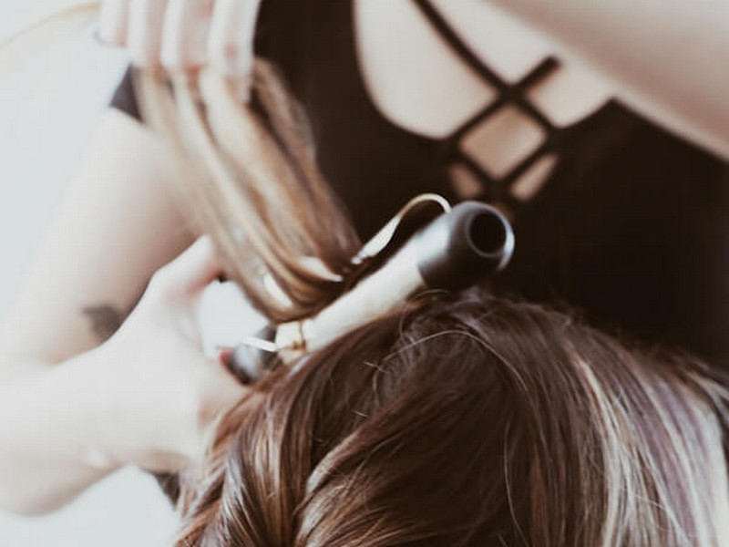 Tips #5 To Add Volume To Your Hair: Crimp Your Roots