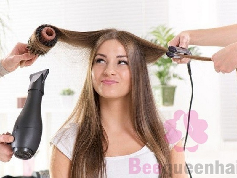 #4 Bad Habits That Can Damage Your Hair: Overusing Heat Tools