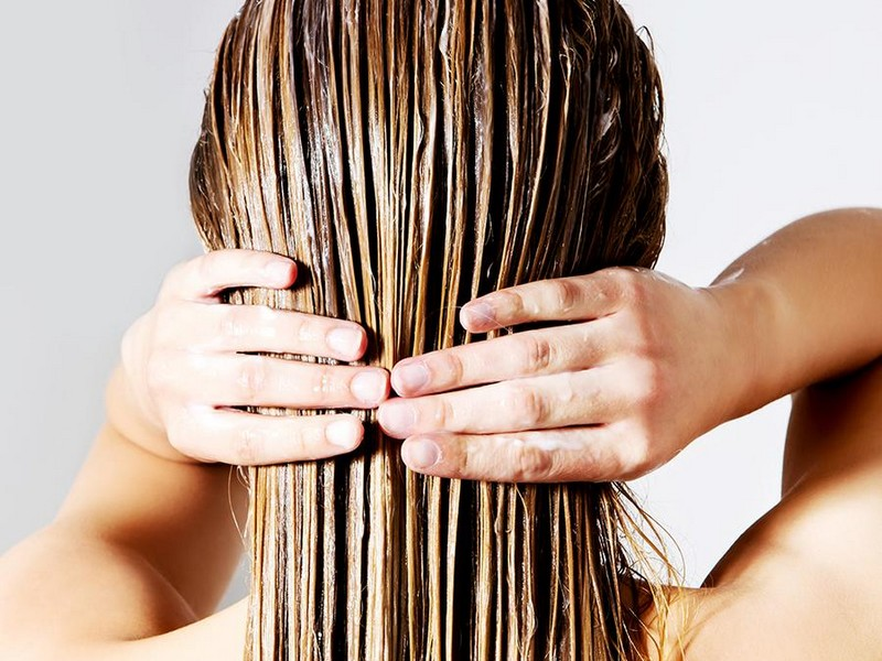 Must-Know Tip No1 To Care For Thick Hair: Make Sure To Hydrate Your Hair