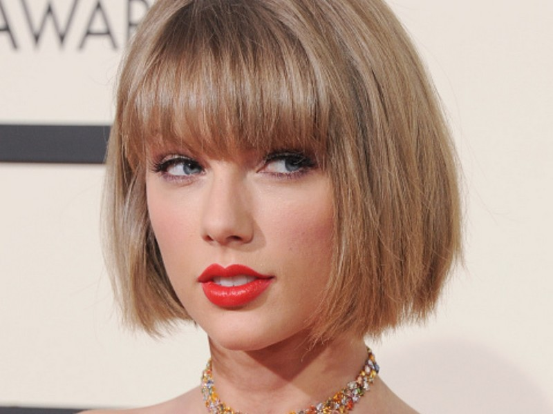 5 Best Tips To Style Blunt Bangs And Make Them Look Awesome