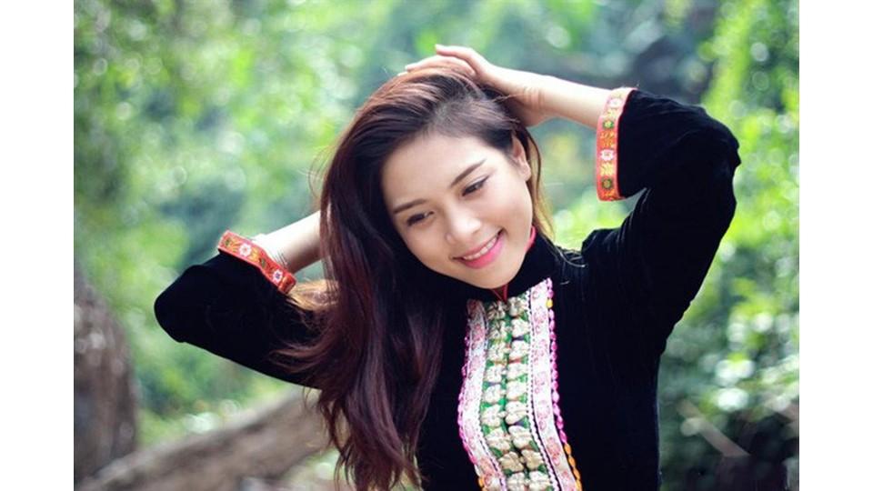 Vietnamese women with healthy hair